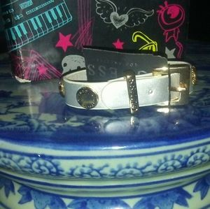 New guess braclet